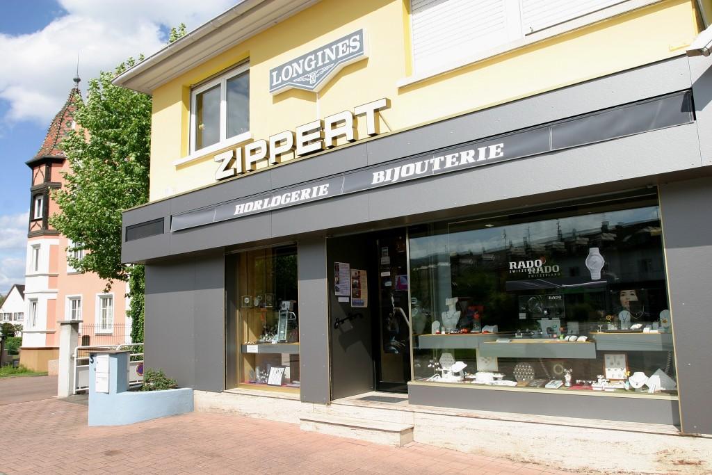 ZIPPERT